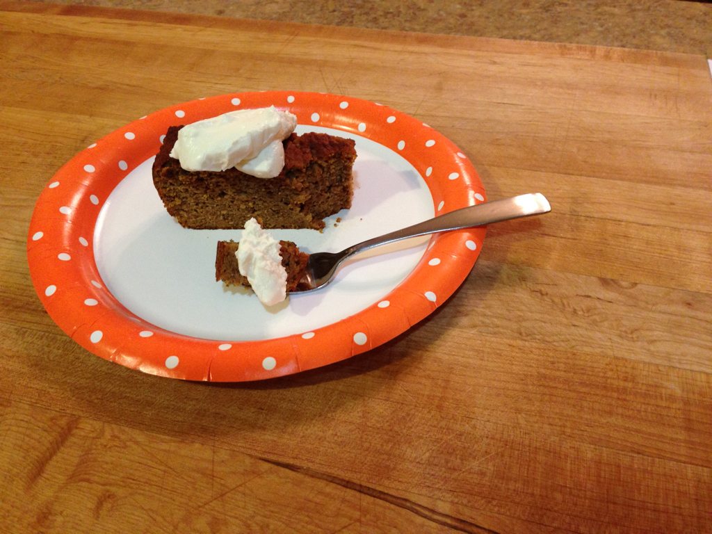 Low-Carb Pumpkin Spice Cake with Sugar-Free Cream Cheese Frosting